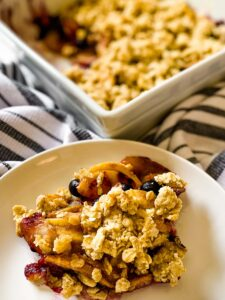 Apple, Pear, And Blueberry Crumble